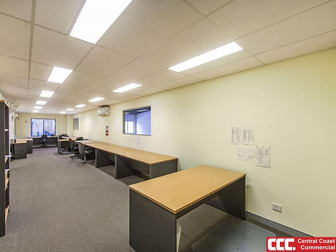 2/9 Bon Mace Close, Berkeley Vale NSW 2261 - Image 2