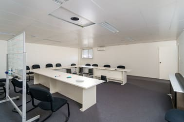 35-37 Dobney Avenue Wagga Wagga NSW 2650 - Image 2