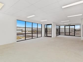 13 / 6 Production Rd Canning Vale WA 6155 - Image 2