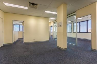 8/52 Davenport Street Southport QLD 4215 - Image 3