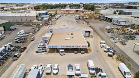 494 Boundary Street Wilsonton QLD 4350 - Image 2