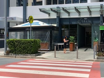 6/20 Queensland Avenue Broadbeach QLD 4218 - Image 2