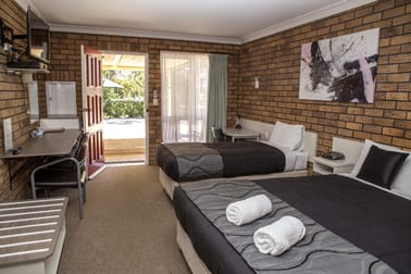 27 Campbell Street Oakey QLD 4401 - Image 3