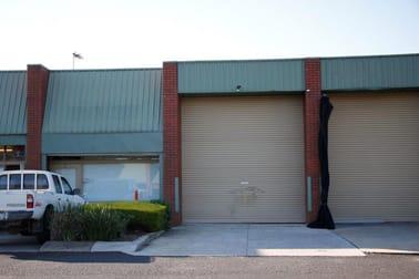 8/16 Macquarie Place Boronia VIC 3155 - Image 2