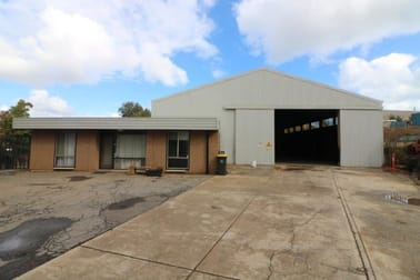 8 Cooroora Crescent Lonsdale SA 5160 - Image 2