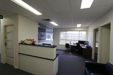 6/5 Executive  Drive Burleigh Waters QLD 4220 - Image 3