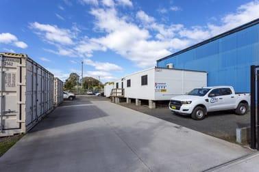 13 Glastonbury Avenue Unanderra NSW 2526 - Image 2