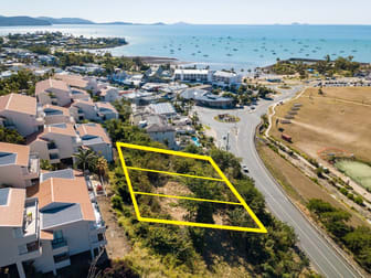 414-418 Shute Harbour Road Airlie Beach QLD 4802 - Image 2