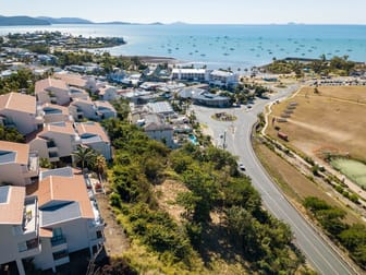 414-418 Shute Harbour Road Airlie Beach QLD 4802 - Image 3
