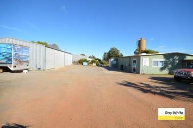 24 Sutherland Street Kalbarri WA 6536 - Image 1