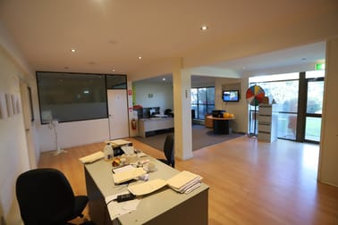 1/5 Coombes Drive Penrith NSW 2750 - Image 2