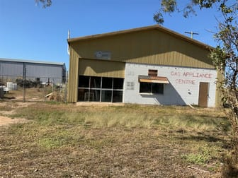 7 Fifteenth Street Home Hill QLD 4806 - Image 2