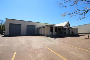 6 Struan Court Wilsonton QLD 4350 - Image 2