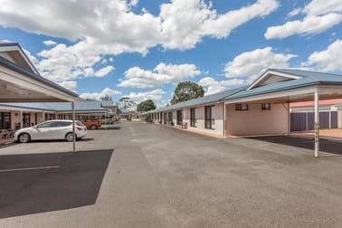 Harristown QLD 4350 - Image 1