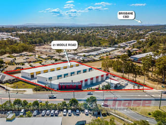 21 Middle Road Street Hillcrest QLD 4118 - Image 1