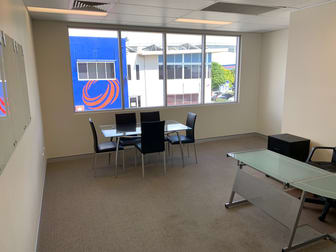 2/20 Rivergate Place Murarrie QLD 4172 - Image 3