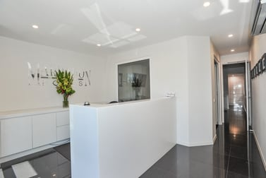 2/18 Diane Street Mornington VIC 3931 - Image 2