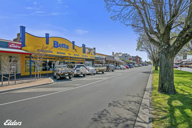 262 COMMERCIAL ROAD Yarram VIC 3971 - Image 2