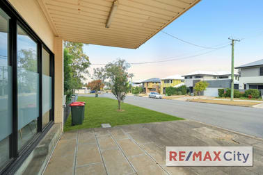 2/25 Valance Street Oxley QLD 4075 - Image 2