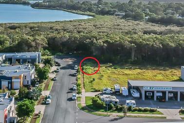 42/64 Gateway Drive Noosaville QLD 4566 - Image 3