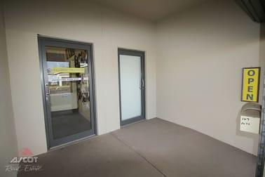 107 Targo Street Bundaberg South QLD 4670 - Image 2