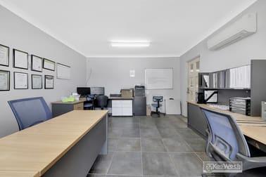 2/8 ROBISON STREET Park Avenue QLD 4701 - Image 3