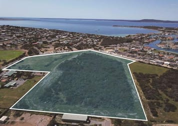 84 St Andrews Terrace Port Lincoln SA 5606 - Image 2