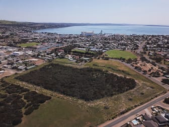 84 St Andrews Terrace Port Lincoln SA 5606 - Image 3