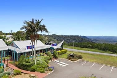 3/3 Panorama Place Maleny QLD 4552 - Image 2