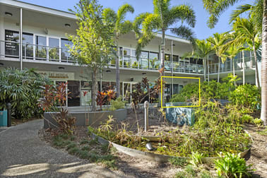 4/121 Shute Harbour Road Cannonvale QLD 4802 - Image 3
