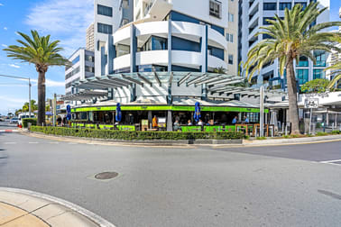 8/20 Queensland Ave Broadbeach QLD 4218 - Image 3