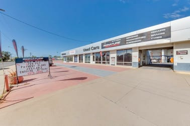 19 Toolooa Street Gladstone Central QLD 4680 - Image 1