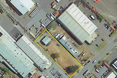 32 Division Street Welshpool WA 6106 - Image 1