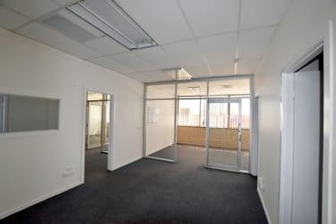 39-41 Tank Street Gladstone Central QLD 4680 - Image 3