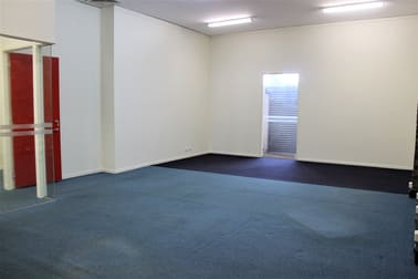 7 Russell Street Toowoomba City QLD 4350 - Image 3