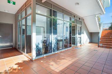 4/2 Victor Road Brookvale NSW 2100 - Image 1