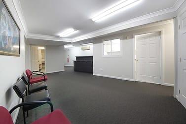 10/4 Fremantle Street Burleigh Heads QLD 4220 - Image 2