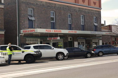 53 Bridge Street Uralla NSW 2358 - Image 2