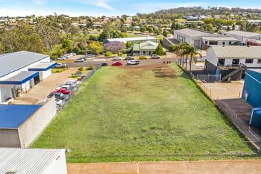 18 Freighter Avenue Wilsonton QLD 4350 - Image 2