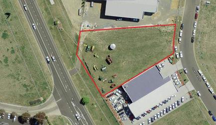 WHOLE PROPERTY/6 Gateway Crescent Orange NSW 2800 - Image 1