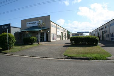 Unit 2/128-130 Lyons Street Bungalow QLD 4870 - Image 1