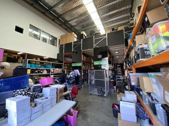 Unit/Unit 3, 173 Salmon Street Port Melbourne VIC 3207 - Image 2