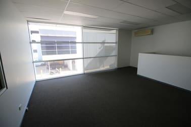 Unit/Unit 3, 173 Salmon Street Port Melbourne VIC 3207 - Image 3