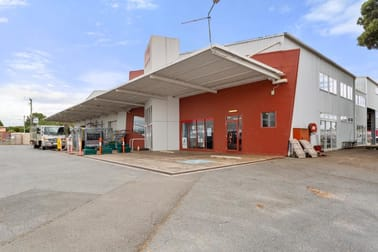 Whole property/80 George Street Scottsdale TAS 7260 - Image 2