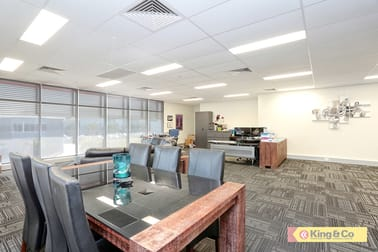 8/368 Earnshaw Road Banyo QLD 4014 - Image 2