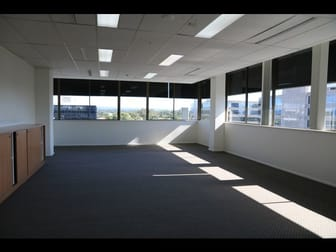 30/142 Bundall Road Bundall QLD 4217 - Image 3