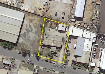 15 Drewe Street Gladstone Central QLD 4680 - Image 1