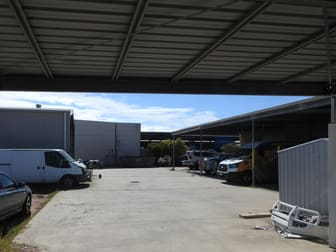 15 Drewe Street Gladstone Central QLD 4680 - Image 2