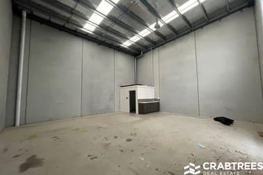 7 Carpenter  Close Cranbourne West VIC 3977 - Image 3