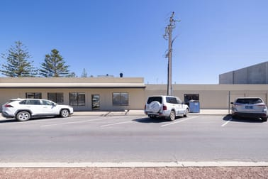 11 McKenzie Street Ceduna SA 5690 - Image 3